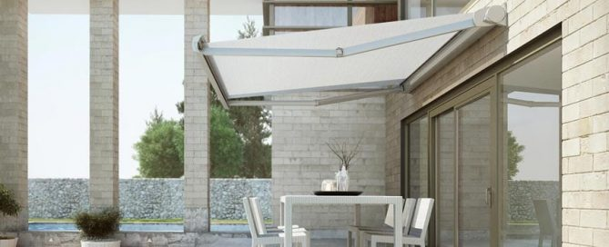 Rectratable Awning